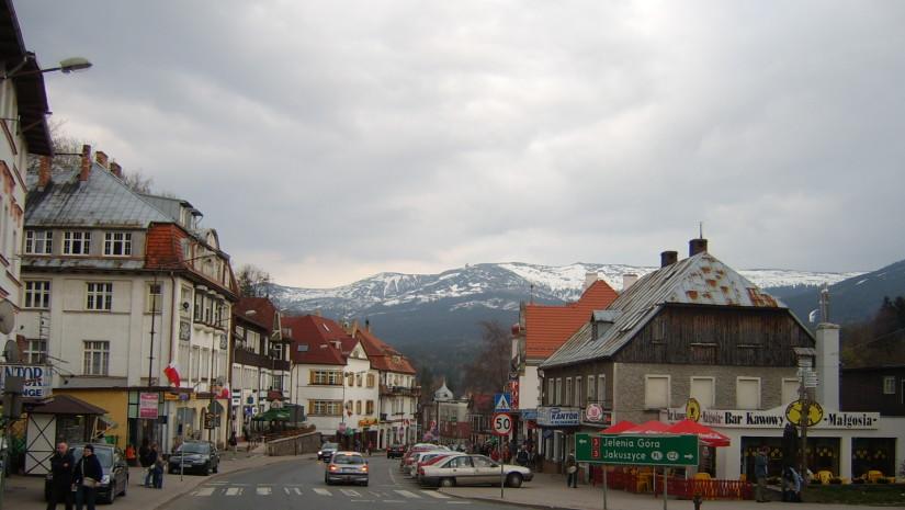 Szklarska Poręba - centrum (fot. Cruizer - Wikipedia)