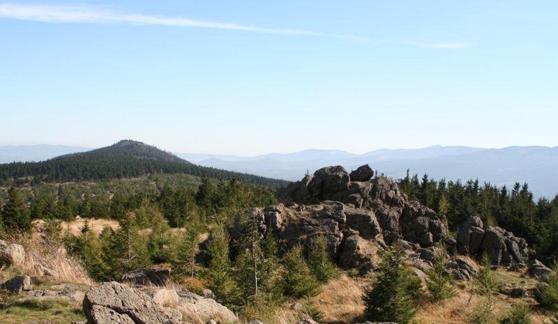 Wysoki Kamień (autor Hydrus - Wikipedia)
