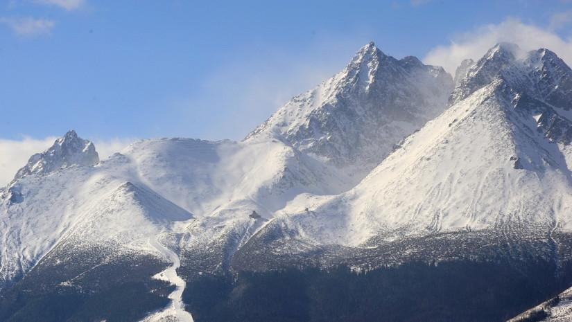 Majestatyczny szczyt Łomnica - 2634 m n.p.m.