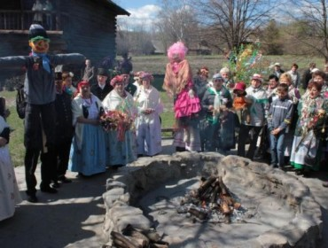 Palenie kukły Judosza w Skoczowie na Śląsku Cieszyńskim