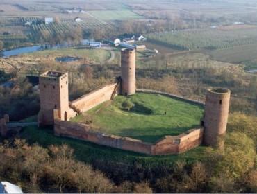 Średniowieczny zamek w Czersku