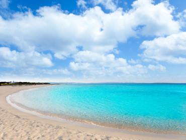 Jedna z rajskich plaż na Formenterze - najmniejszej wyspie Balearów