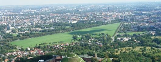 Panoramiczny widok na Błonia