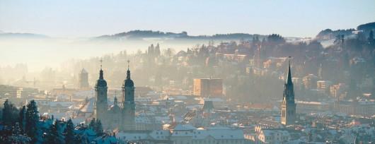 Zimowa panorama St. Gallen. Źródło: www.grenzenlos-wohnen.ch