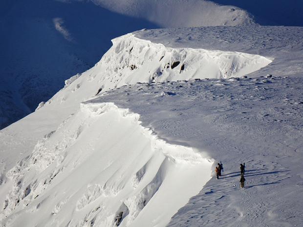 Stoki w okolicach Kirovska są wspaniałym wyzwaniem dla każdego narciarza!