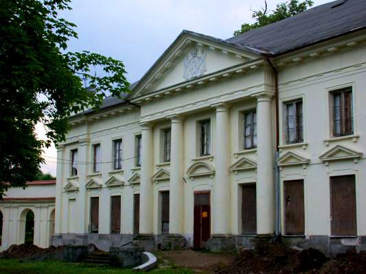 W pałacu w Słubicach cały czas trwają prace remontowe. Źródło: www.galeria.plock24.pl