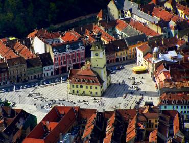 Widok z lotu ptaka na Brașov