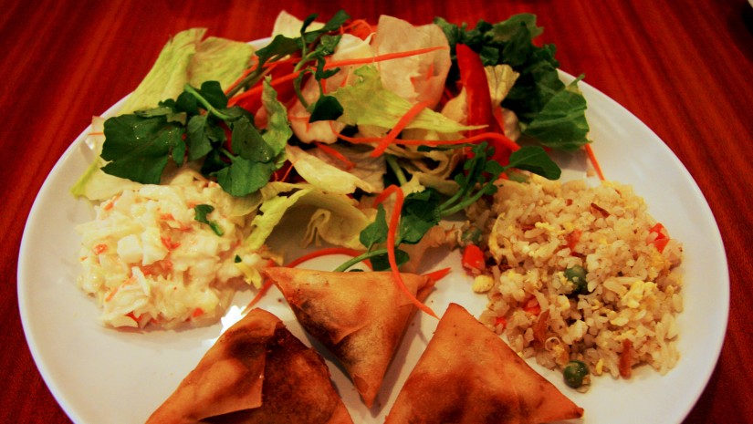 Pierożki wonton to specjalność wielu azjatyckich kuchni