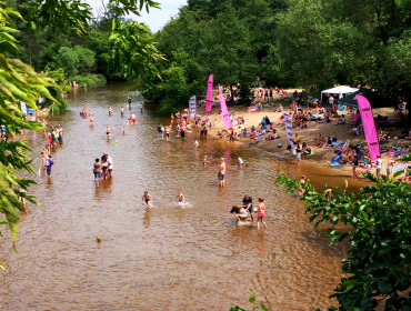 Kąpielisko nad Świdrem w Otwocku (źródło: Fanpage Otwockiej Plaży Miejskiej)