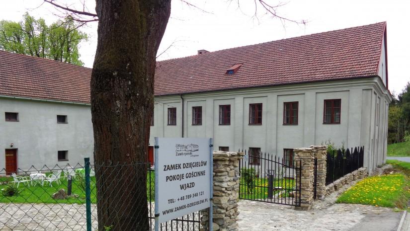Na zamku w Dzięgielowie można zorganizować np. wesele.