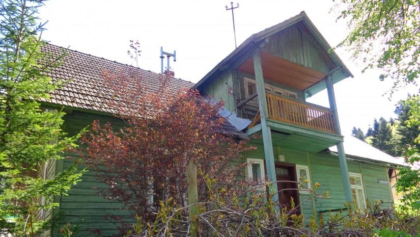 Pistacjowa willa w Krynicy, ważnej miejscowości na Szlaku Budownictwa Drewnianego.