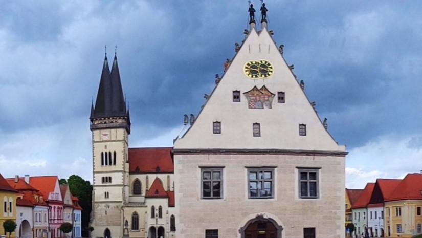 Stare Miasto w Bardiowie wygląda jak żywcem wyjęte z bajki. Nic dziwnego, że w 1996 r. zostało wpisane na listę UNESCO, jako czwarty taki unikatowy zespół miejski na Słowacji.