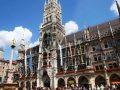 Stary Ratusz przy Marienplatz w Monachium