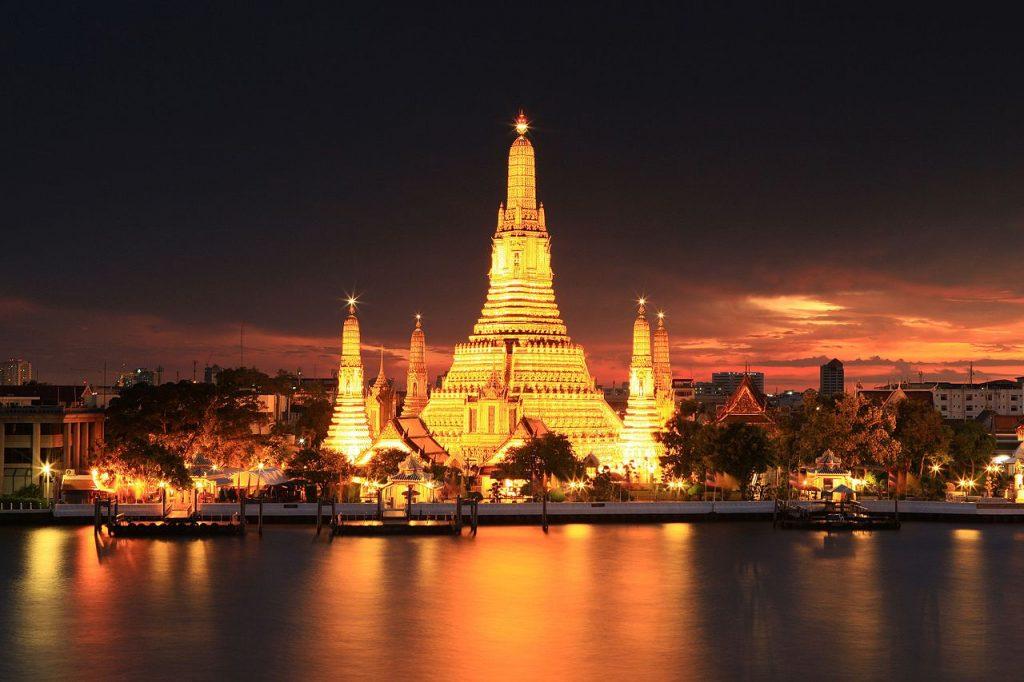 Świątynia Świtu Wat Arun - Bangkok
